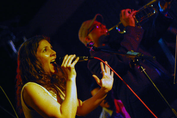 Vocalist Venissa Santi led a modern Afro-Cuban band at Milkboy.