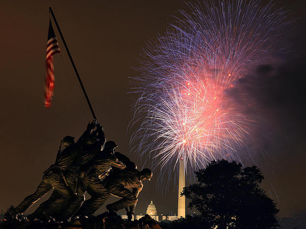 "Fireworks over the National Mall in Washington, D.C., on July 4, 2008. Photo taken from hear the <a href=""http://www.nps.gov/gwmp/marinecorpswarmemorial.htm"">U.S. Marine Corps War Memorial</a> in Arlington, Va."