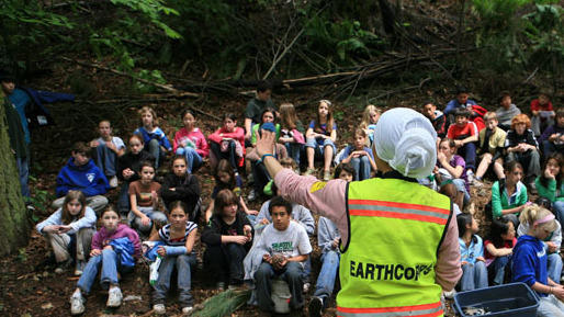 EarthCorps volunteers help restore the Seattle countryside.