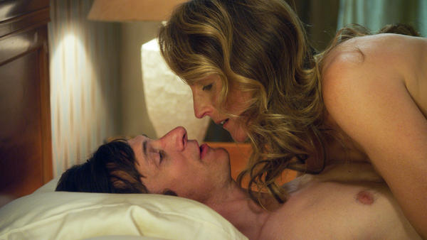 John Hawkes and Helen Hunt star in <em>The Sessions</em>.