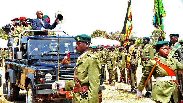 President Yoweri Museveni inspects Ugandan troops at a ceremony honoring Rwandan President Paul Kagame in January of this year.