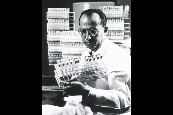 On April 12, 1955, Dr. Jonas Salk and his research team at the University of Pittsburgh released the first successful vaccine for polio. In 1979, the U.S. reported its last case of the paralyzing virus.