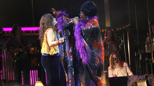 Mary Bridget Davies as Janis Joplin and Sabrina Elayne Carten as Blues Singer in the Cleveland Play House production of <em>One Night with Janis Joplin</em>.