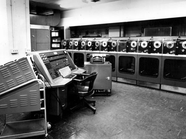 Much of the UNIVAC system was housed in a cabinet big enough for a person to walk in. There were more than 5,000 vacuum tubes and tanks of mercury where data was stored as sound waves for memory.