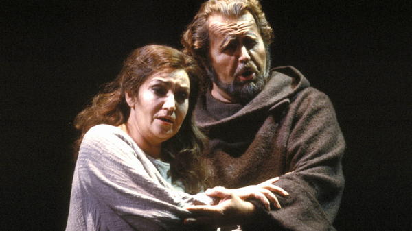 Soprano Maria Slatinaru and bass Paul Plishka perform in a 1986 production of Verdi's <em>La Forza del Destino</em> at the San Francisco Opera.