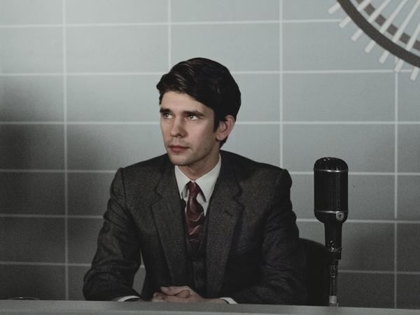 <em>The Hour</em> charts the daily drama in a '50s BBC newsroom; Ben Whishaw plays journalist Freddie Lyon.