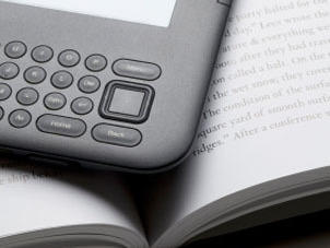 Data gleaned from e-readers gives writers a new kind of feedback to take into consideration — or ignore.