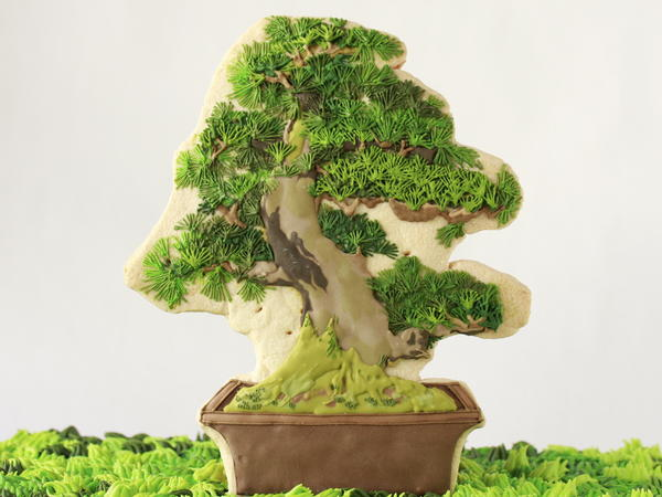 Risa Hirai's bonsai cookies are made from sugar, flour, butter and egg. They're completely edible as long as they haven't been on display for too long.