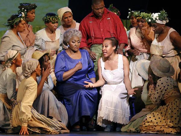 Mezzo-soprano Grace Bumbry (center) in a 2010 production of Scott Joplin's <em>Treemonisha </em>at the Châtelet Theater in Paris.