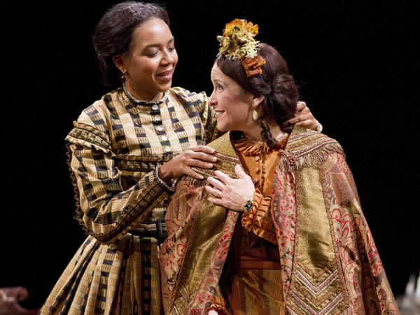 Sameerah Luqmaan-Harris plays Elizabeth Keckly and Naomi Jacobson plays Mary Todd Lincoln in Arena Stage at the Mead Center for American Theater's production of <em>Mary T. & Lizzy K.</em>
