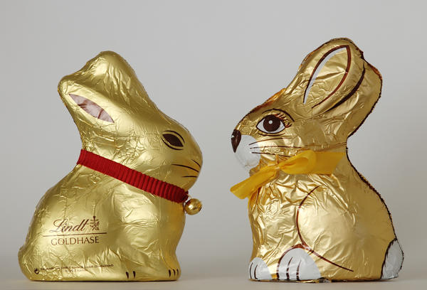 Chocolate Easter bunnies by Swiss company Lindt, left, and Austrain company Hauswirth, which agreed to stop making chocolate Easter bunnies that look like those made by Lindt & Spruengli in 2012.