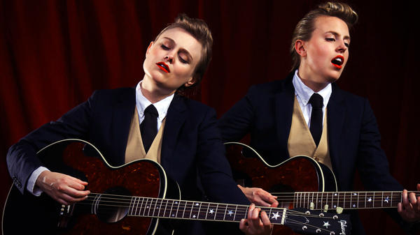 The Chapin Sisters' new tribute album is titled <em>A Date With the Everly Brothers</em>.
