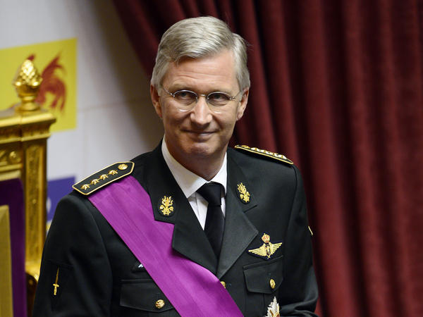 Crown Prince Philippe of Belgium takes the oath on Sunday during a ceremony at the Chamber at the Federal Parliament in Brussels.