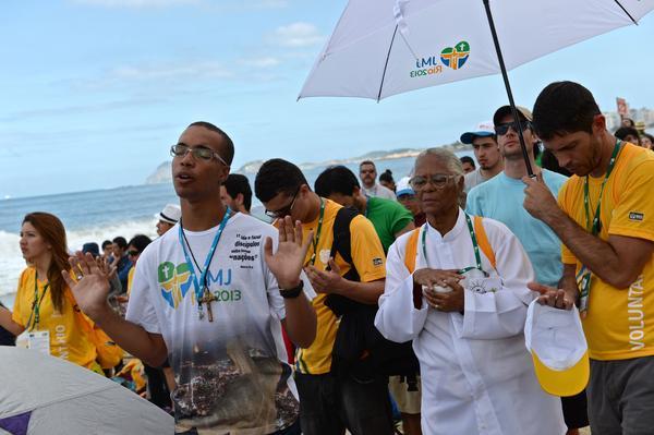 Faithfuls attend the final Mass.