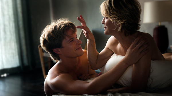 """<strong>It's a family film:</strong>  Xavier Samuel and Robin Wright play one of two intergenerational couples at the center of Anne Fontaine's <em>Adore, </em>a film that dares to ask: """"Does it count as a mommy issue if you're sleeping with her lifelong best friend?"""""""