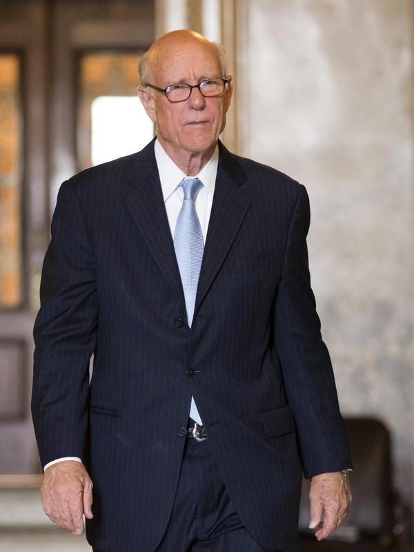 Sen. Pat Roberts, R-Kan.