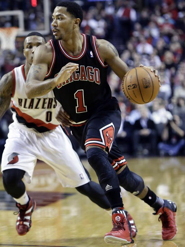5c03b19e95d0 Chicago Bulls  Rose Out For Season With Knee Injury