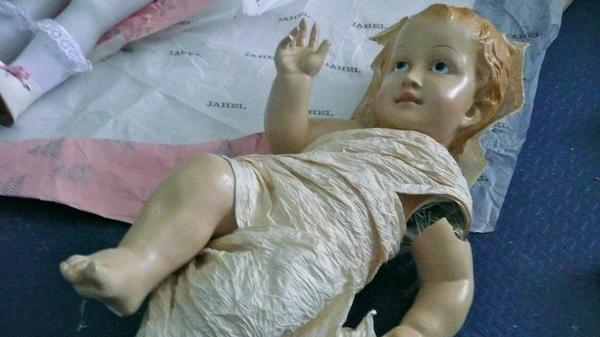 A damaged baby Jesus was delivered to Lisbon's Hospital de Bonecas, or Doll Hospital, for repairs. The hospital has been fixing broken dolls for nearly two centuries and is particularly busy around Christmas.