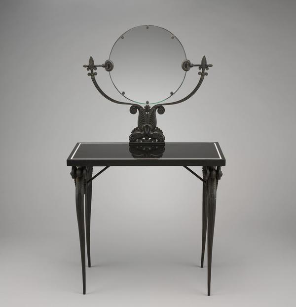 A 1925 French dressing table shows off the art deco style.