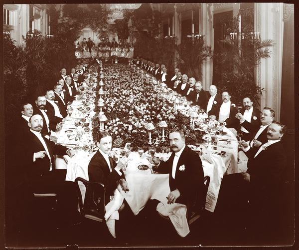 """Hotel Astor, December 7, 1904, Byron Company. (From the book """"Repast: Dining Out at the Dawn of the New American Century, 1900-1910"""" by Michael Lesy and Lisa Stoffer)"""
