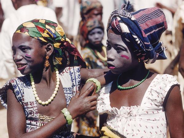 Hausa girls, at Zaranda market in 1959, East of Jos, Nigeria.