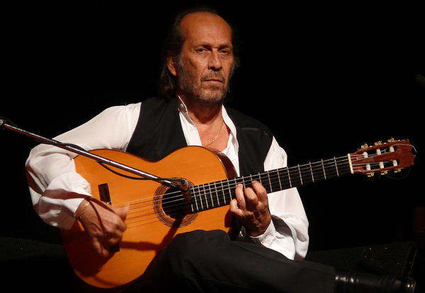 Spanish guitarist Paco de Lucía is pictured in 2007. (Cornel Putan Alin/Wikimedia Commons)