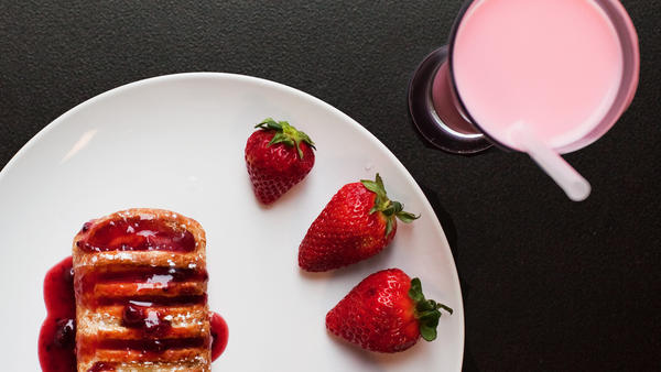 <strong>What's Flavoring Your Pastry?</strong> Decades ago, scientists used compounds extracted from a gland in a beaver's tush to help create strawberry and raspberry flavorings or enhance vanilla substitutes. But the chance of encountering <em>eau de beaver</em> in foods today is actually slim to none.