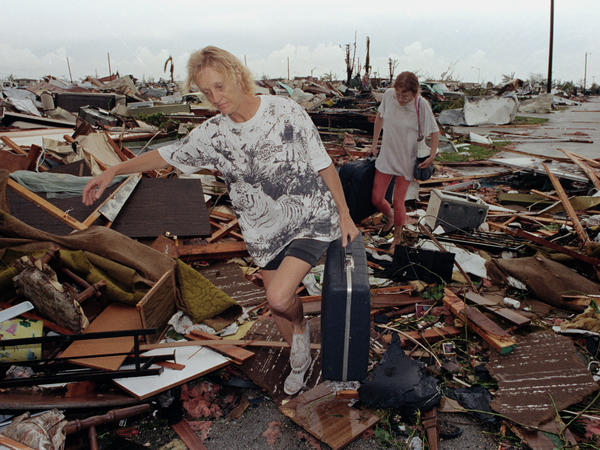 "In 1992, Hurricane Andrew destroyed more than 25,000 homes in Florida. But its death toll was far less than ""female"" storms such as Audrey, Camille and Katrina."