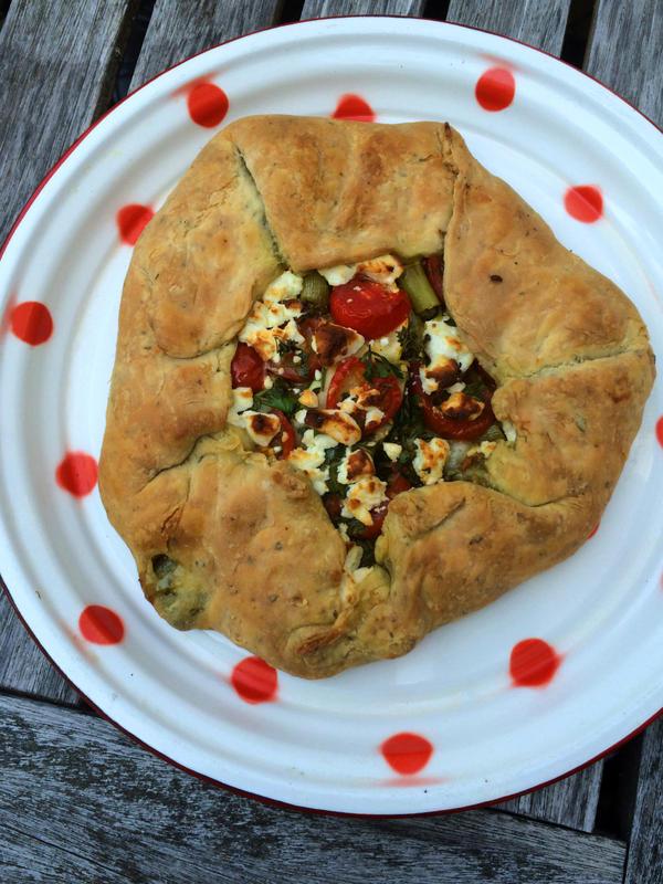 Kathy's finished crostata. (Kathy Gunst/Here & Now)