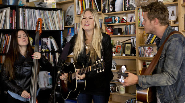Holly Williams performs a Tiny Desk Concert.