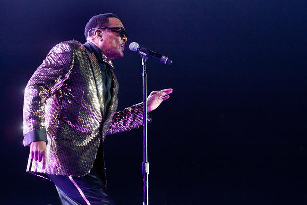 Charlie Wilson led a rousing, energetic set on Sunday night near the end of the 2014 Essence Festival.