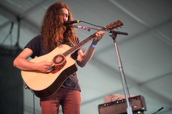 Kurt Vile's effects pedals went out, so Newport was treated to a slightly (very slightly) less psychedelic set.<br /><br />