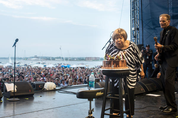 After her festival-closing performance at Newport — featuring Norah Jones, Spooner Oldham, and members of Lucius, Dawes and Trampled by Turtles — Mavis Staples celebrated her 75th birthday in style.<br /><br />