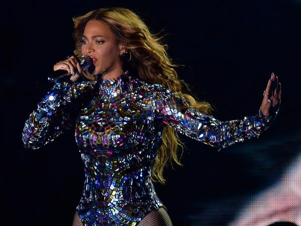 Beyonce performs on stage at the MTV Video Music Awards.