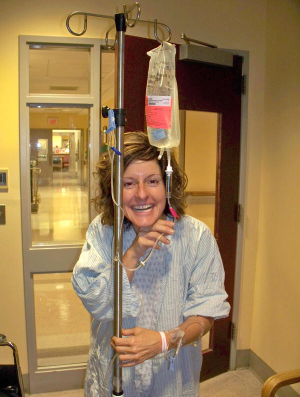 Angela Stimpson smiles before surgery to donate a kidney on Sept. 22, 2010, at Weill-Cornell Hospital in New York.