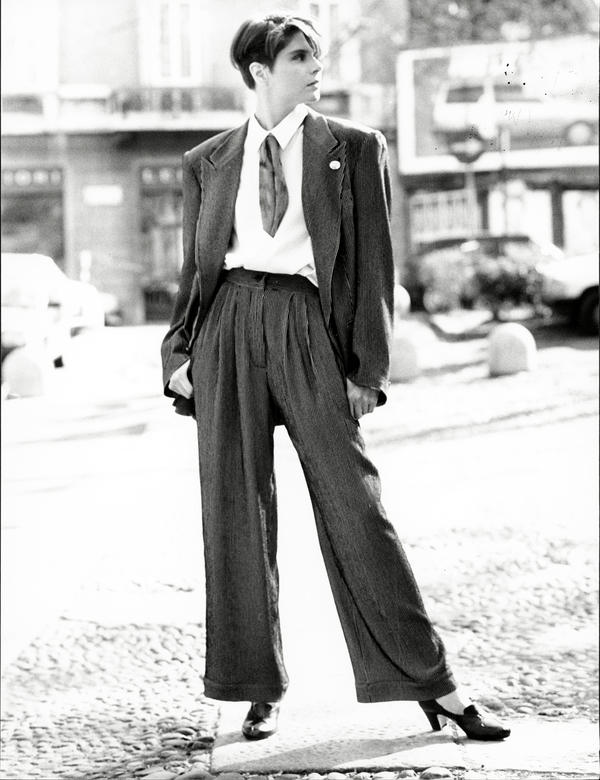 A model wears an Emporio Armani suit at a Paris fashion show in 1989.