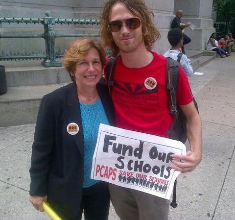 Jay Saper (right) with American Federation of Teachers President Randi Weingarten in September 2013.