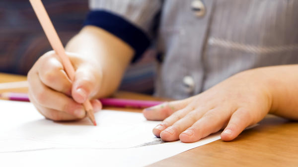 Peter Ormerod argues that parents shouldn't force their children to write thank-you cards — it's an exercise in insincerity, he says, and there are better ways to promote gratitude.