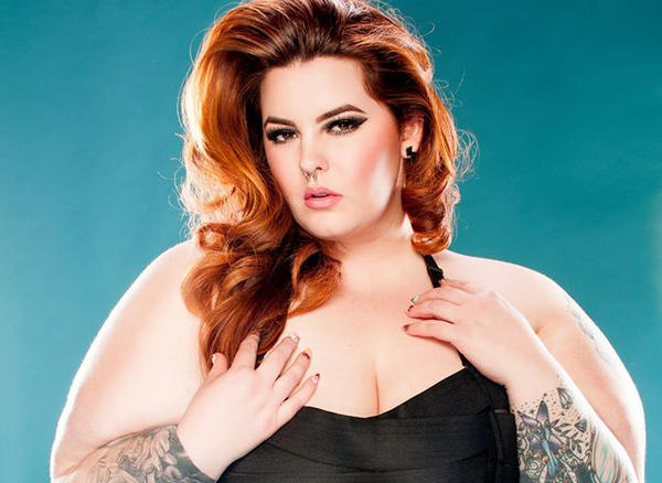 Tess Holliday is the first model of her size to win a major modeling contract. (Dana Brushette Photography via Facebook)
