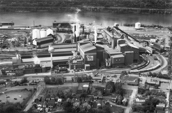 <em>United States Steel Mon Valley Works Edgar Thomson Plant</em>, 2013, from <em>The Notion of Family</em> (Aperture, 2014).