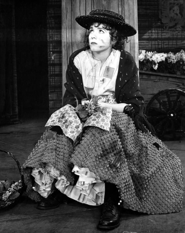 Julie Andrews starred as flower girl Eliza Doolittle in the Broadway premiere of <em>My Fair Lady.</em>