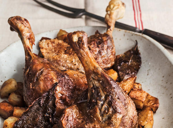 Traditional recipes for duck confit, or <em>confit de canard, </em>can require dozens of steps to prepare. David Lebovitz's fake take cuts the steps down to five.
