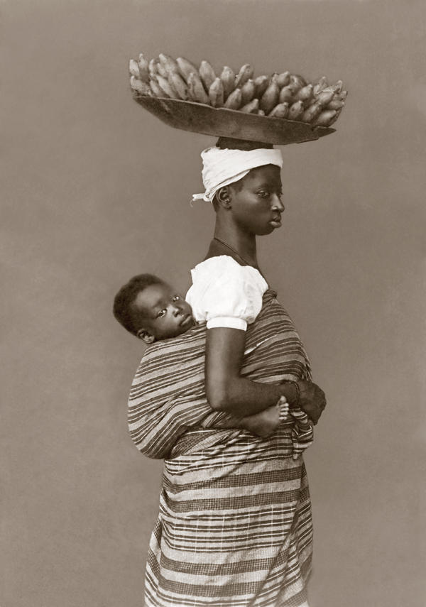 A slave with her child, photographed in 1884, Salvador de Bahia.