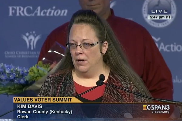 Kentucky clerk Kim Davis accepts an award from conservative group Family Research Council Friday.