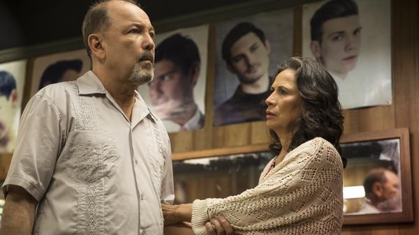 Ruben Blades as Daniel Salazar and Patricia Reyes Spíndola as Griselda Salazar in <em>Fear the Walking Dead</em>.