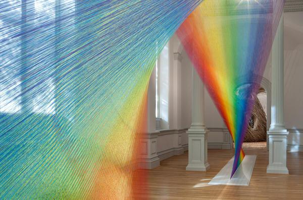 Gabriel Dawe used 16 different shades of thread to make the colorful spectrum he calls <em>Plexus A1.</em>