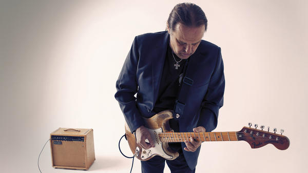 Walter Trout's latest album is called <em>Battle Scars</em>.