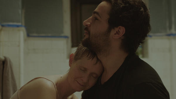 James White (Christopher Abbott) is a feckless New York City slacker doing the best he can to care for his mother, Gail (Cynthia Nixon).