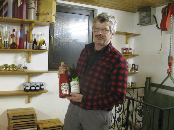 Guenter Heinz, a vintner and distant relative of the family that started the Heinz ketchup empire, keeps a tasting room full of bottles and T-shirts with the Heinz ketchup logo.