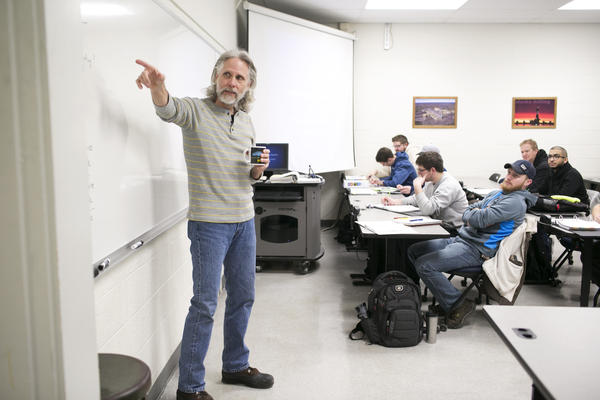 Dave Freeman teaches enhanced oil recovery to petroleum engineering students.